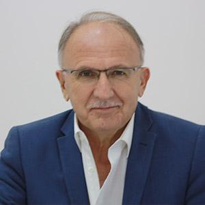 Dr Miodrag Pavličić